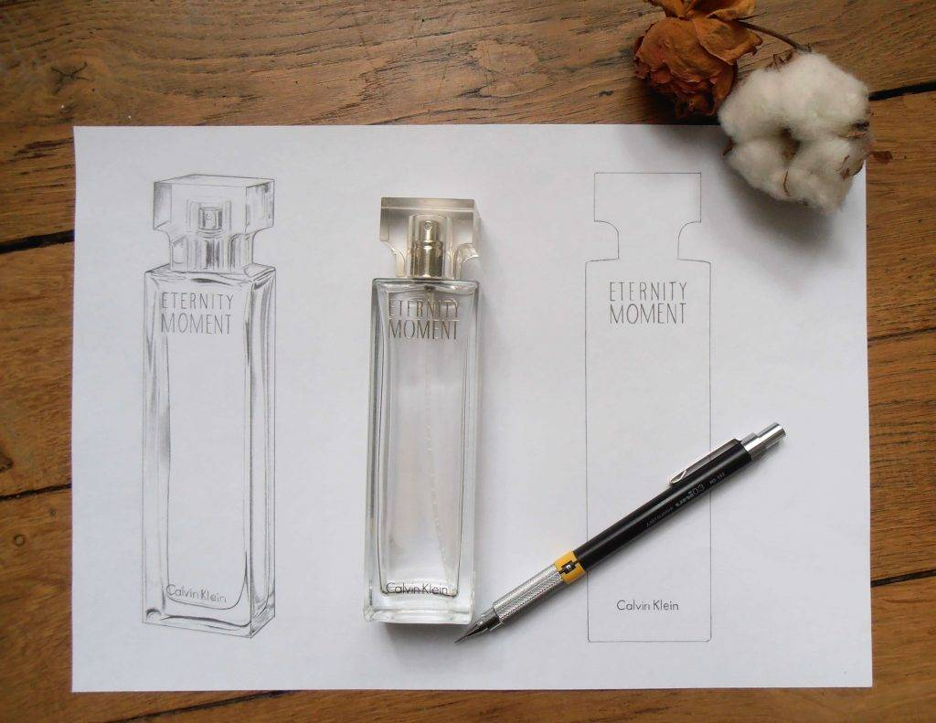 Illustration au graphite du flacon de parfum Eternity Moment de Calvin Klein.